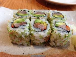 Hamachi Roll_new