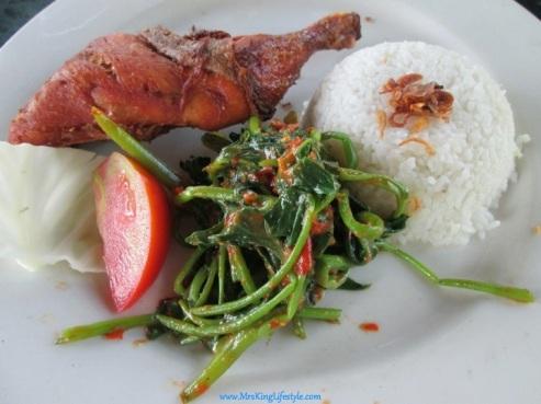 3 Bali Bebek Tepi Sawah chicken