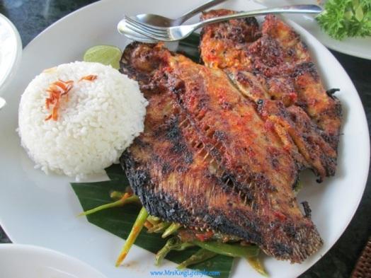 4 Bali Bebek Tepi Sawah fish