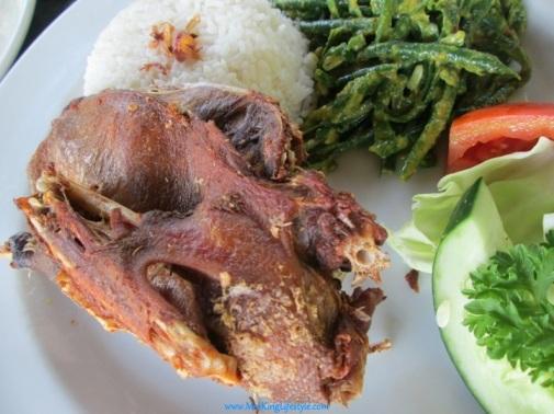 5 Bali Bebek Tepi Sawah duck