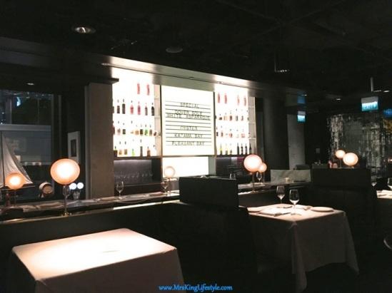 11 Luke's Bar_new