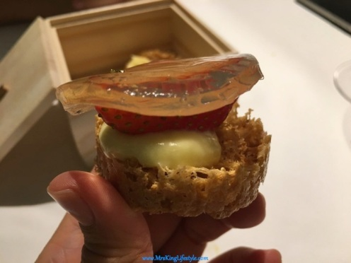 28 gaggan Strawberry Tart_new