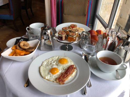 Le Bordeaux Breakfast