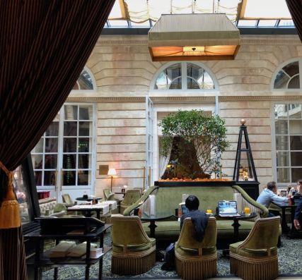 Le Grand Hotel Bordeaux